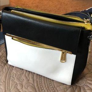 Steven madden crossover purse